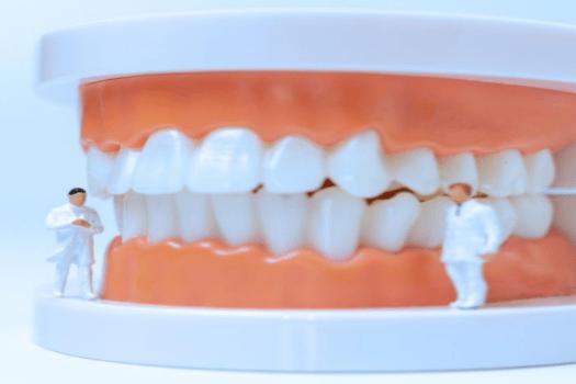 tratamientos dentales en Ribeira